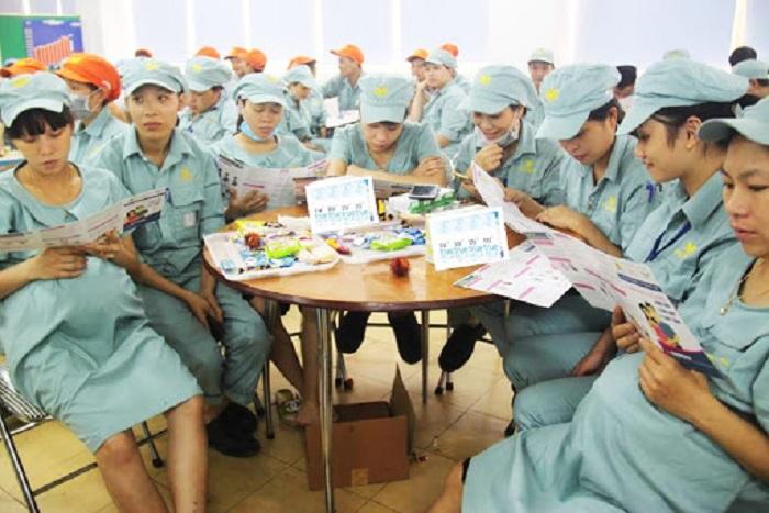 Chế độ thai sản đối với người lao động